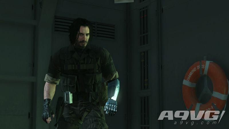 《合金装备5》基努·里维斯Mod包含《赛博朋克2077》等造型