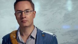 《死亡擱淺》Heartman角色介紹影片 心臟每21分鐘就會停止跳動