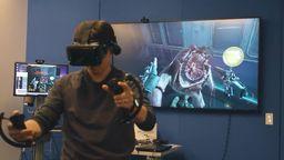 油管播主用八种VR设备测试了《半条命 爱莉克斯 》
