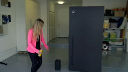 Xbox Series X主题冰箱开箱视频公开 官方玩梗最为致命