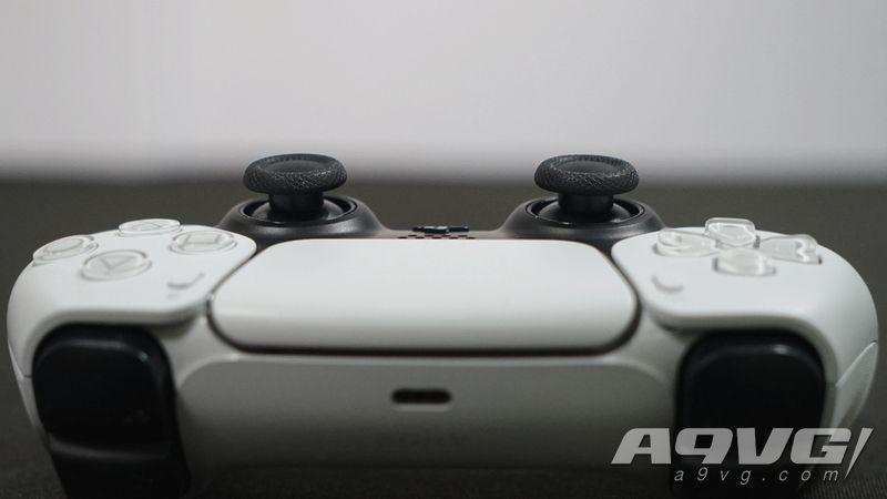 PlayStation 5 &手柄DualSense实拍图集 现场实机感受