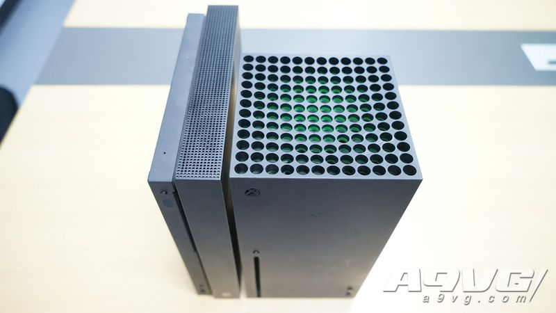 Xbox Series X 与Xbox One X比较 体积如何 大不大重不重
