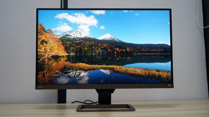 """明基EW2780U显示器开箱:用途甚广的4KHDR""""小电视"""""""