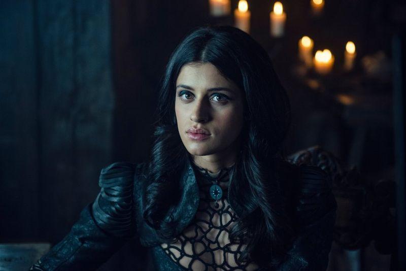Netflix《巫师》放出大量前四集剧照 卡兰瑟女王登场