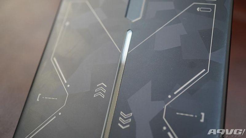 红魔Mars电竞手机评测:彪悍的配置冷静的散热