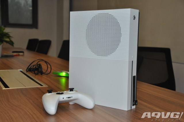 国行Xbox One S开箱:兼具游戏和4K视频播放功能的最佳选择